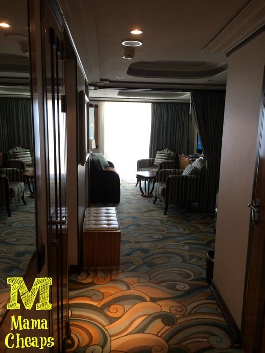 disney dream cabin 12506 hallway