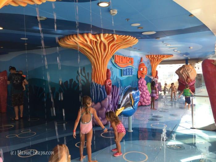 nemo's reef toddler splash zone
