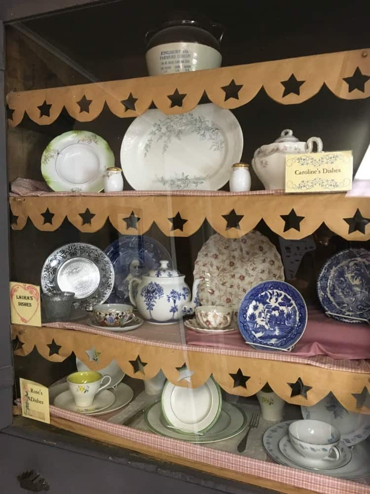 Porcelain Dishes