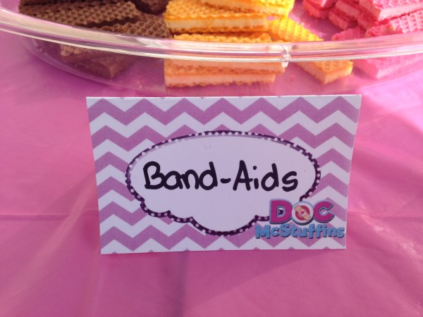 Doc McStuffins Party: Band Aids