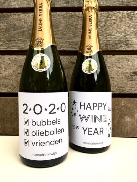 Wijnetiketten voor tijdens Oud en Nieuw van Mama Drinkt Wijn