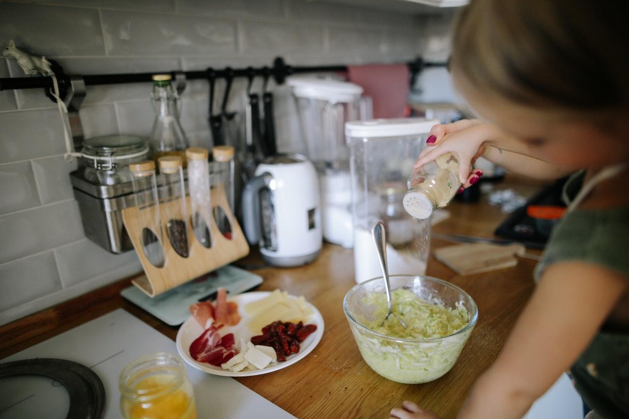 Crianças Na Cozinha - Diversão Ou Bagunça