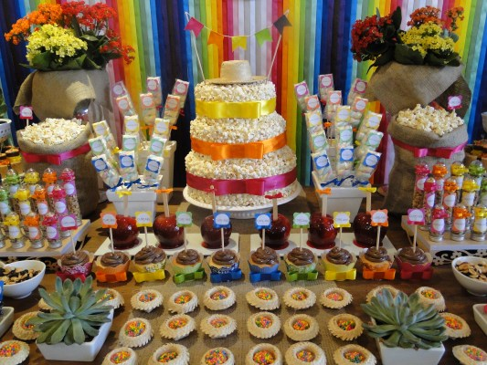 mesa-festa-junina-bolo-de-pipoca-arquiteta-de-fofuras
