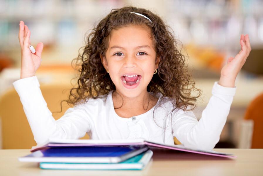 Poesia Para Crianças Armarinho Mágico