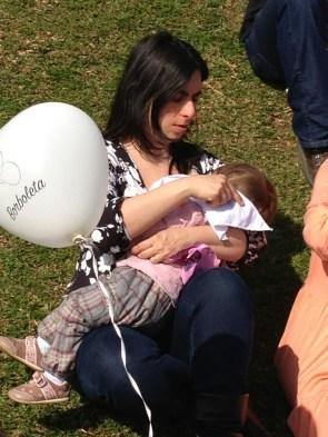 A Mamãe Prática Mari com sua bebê