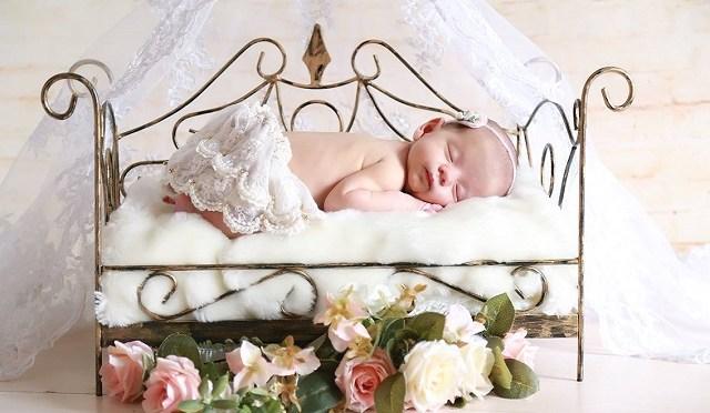 Foto bebê recém-nascido
