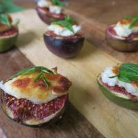 Figs with Halloumi and Mint