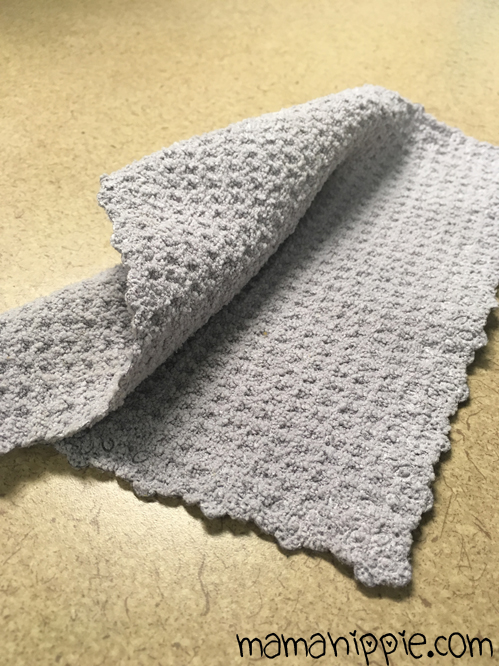 The mini multisurface chiffonnette is a great all purpose cleaning cloth by H2O at home.