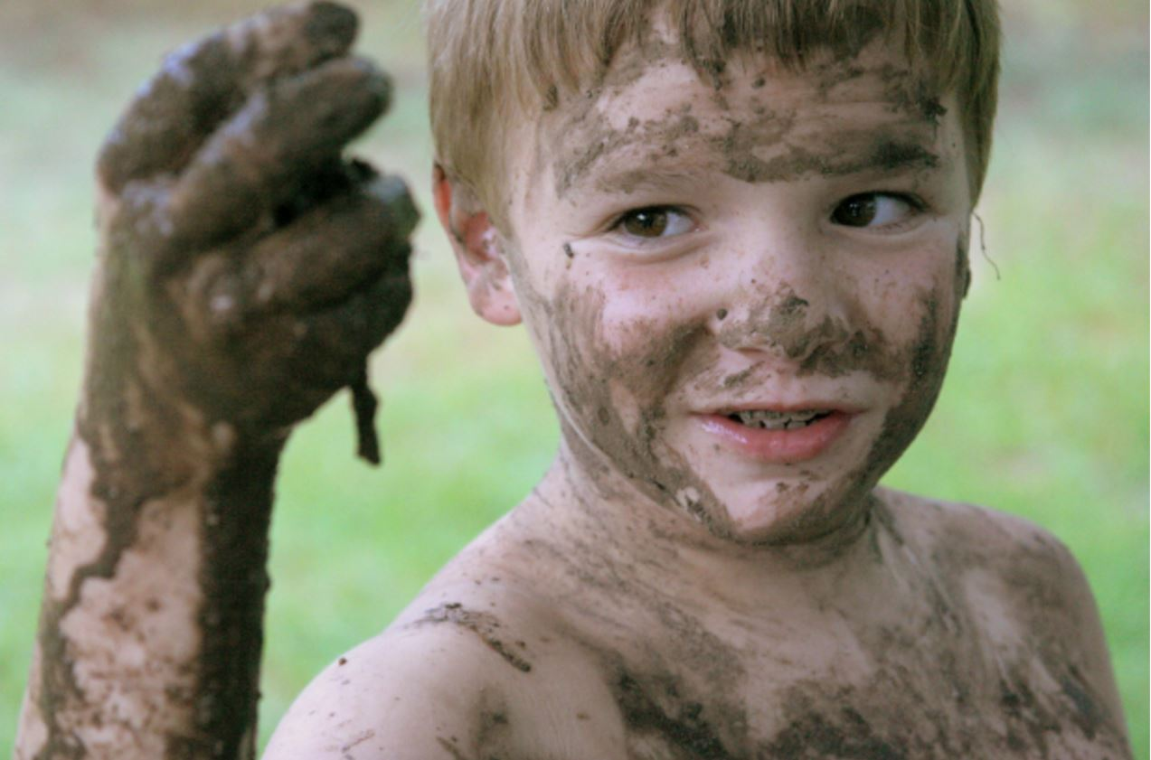 Why You Need To Encourage Your Kids To Get Grubby