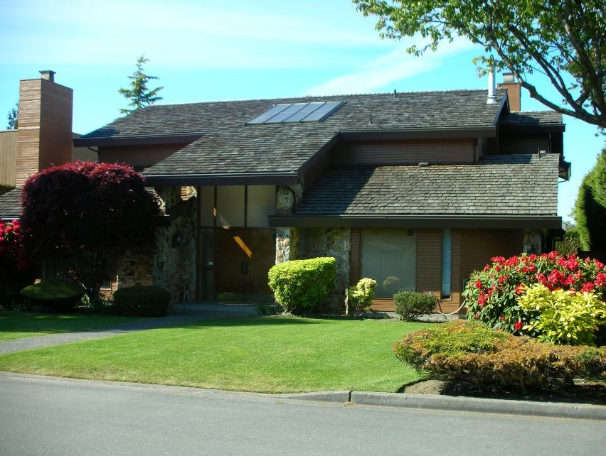 A House in the Burbs - How to Enjoy the Idyllic Family Home