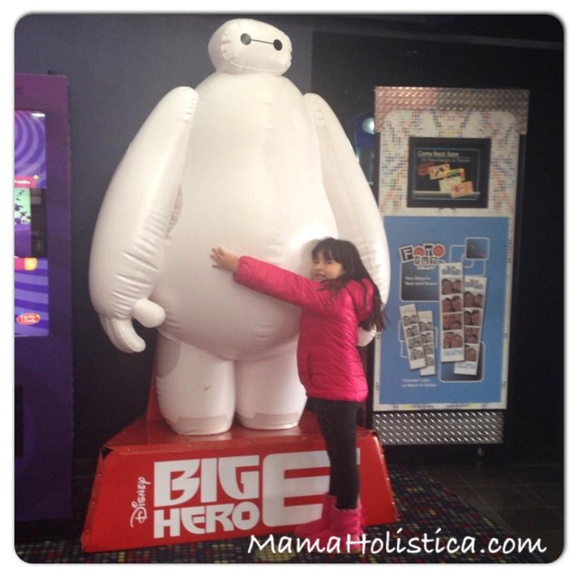 Intenciones ~ Miércoles Mudo/Wordless Wednesday: Felices con BIG HERO 6 MOVIE #MM