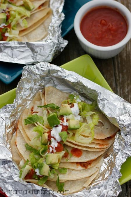 Tacos Mineros con frijoles charros machacados