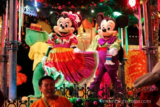 Mickey y Minnie en Disney ¡Viva Navidad!