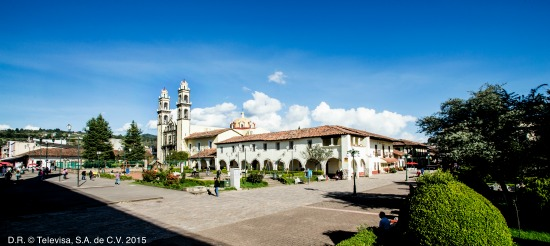 La Sombra del Pasado - Plazuela
