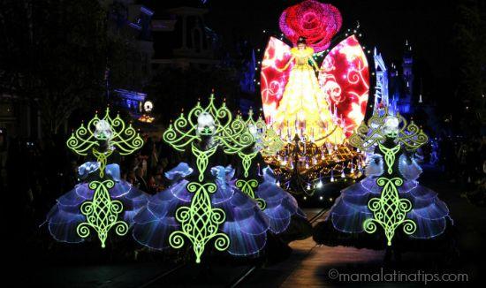 Scene of the new Disneyland Show Paint the Night