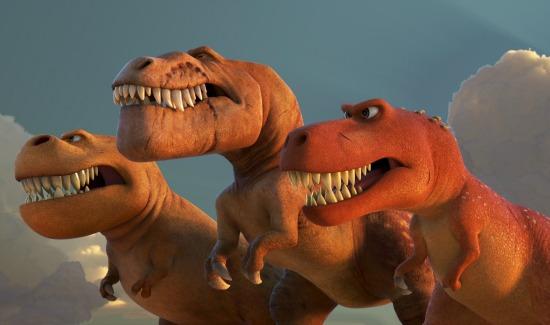 Tiranosaurios en un Gran Dinosaurio - mamalatinatips.com