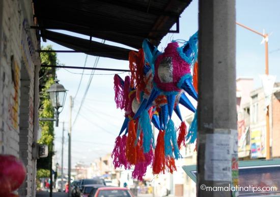 Piñatas in Mexico - mamalatinatips.com