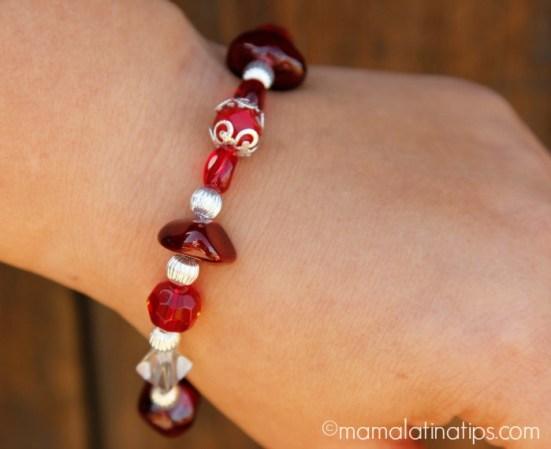 Pulsera roja - mamalatinatips.com