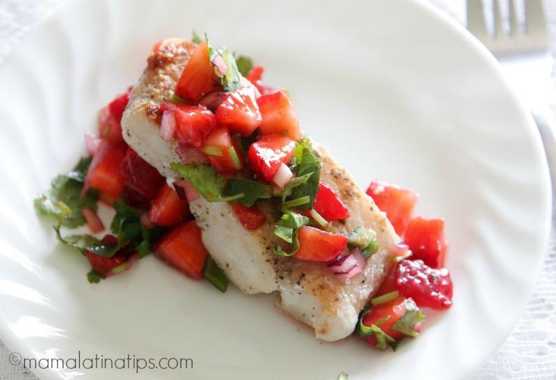Cod with Strawberry Salsa - mamalatinatips.com