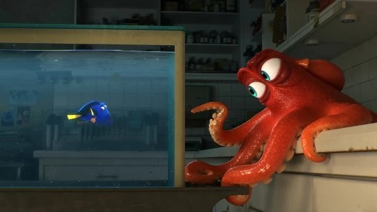 Finding Dory and octopus Hank - mamalatinatips.com