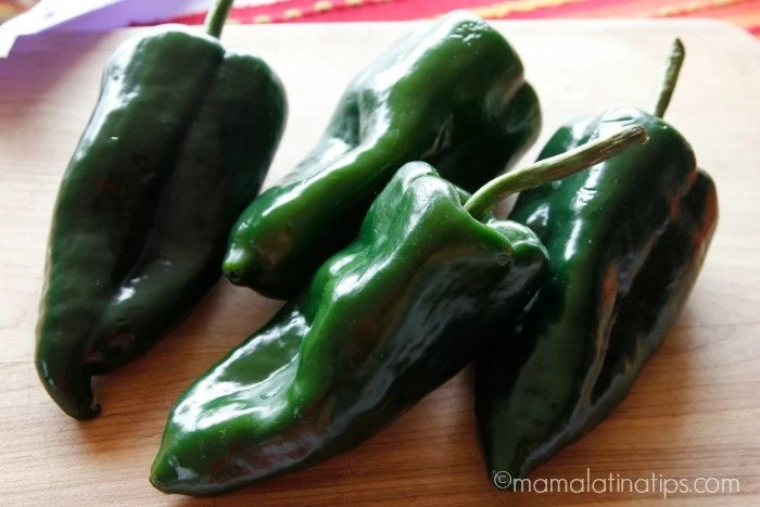 Surf En Turf >> How to Peel Poblano Peppers • Mama Latina Tips