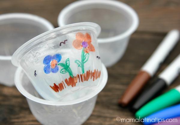 Tazoncitos y plumones de colores - mamalatinatips.com