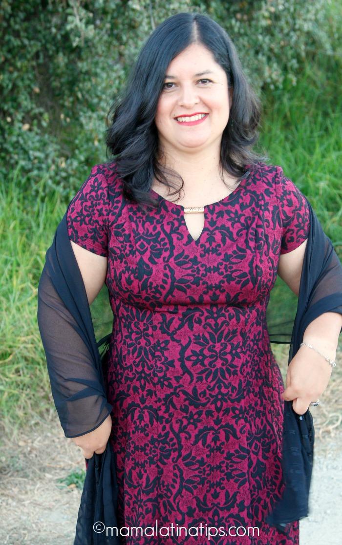 Vestido estampado color vino y azul - mamalatinatips.com