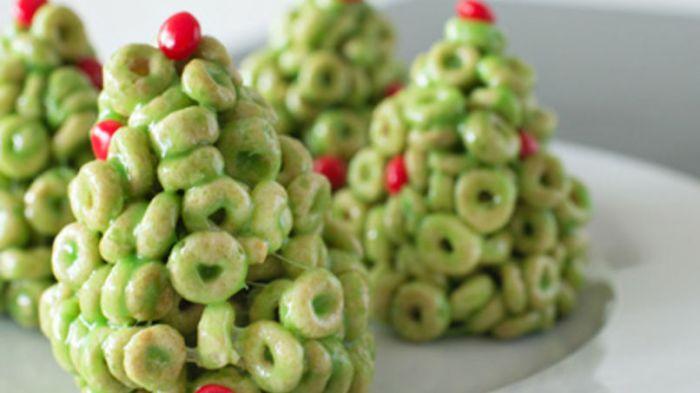 Arbolitos de Navidad de Cheerios - mamalatinatips.com