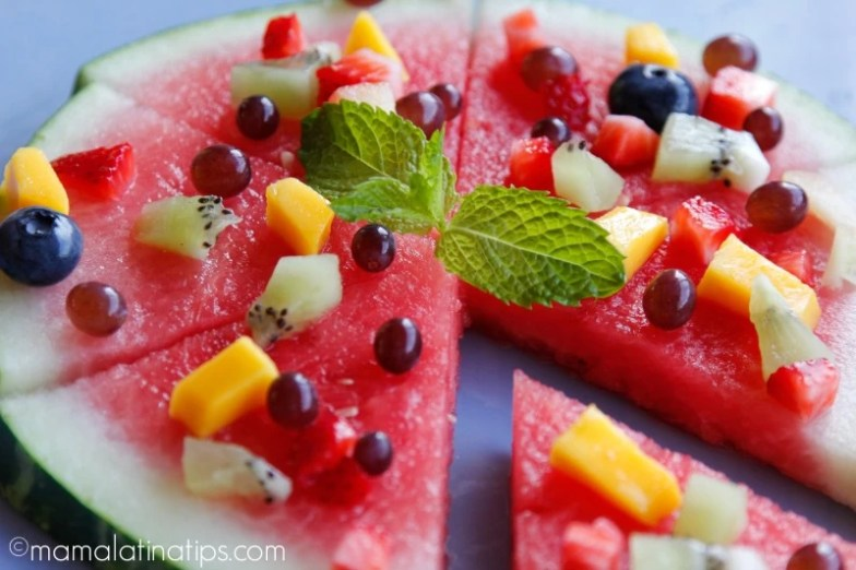 watermelon pizza with fruit by mamalatinatips.com