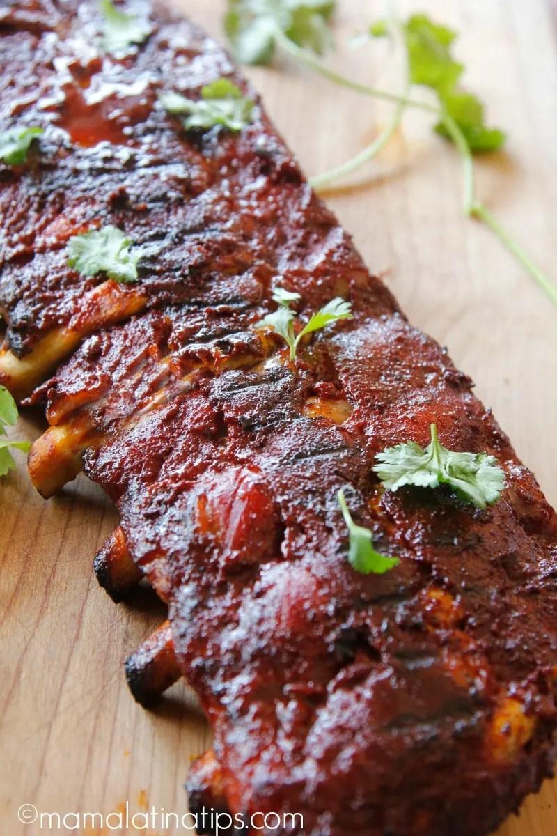 Costillas de cerdo con salsa de achiote - mamalatinatips.com
