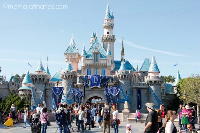 El Castillo de la Bella Durmiente en Disneylandia