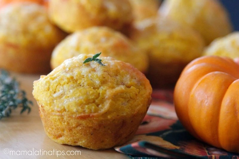 Pumpkin Cornbread Muffins mamalatinatips.com