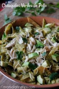 Chilaquiles verdes de pollo