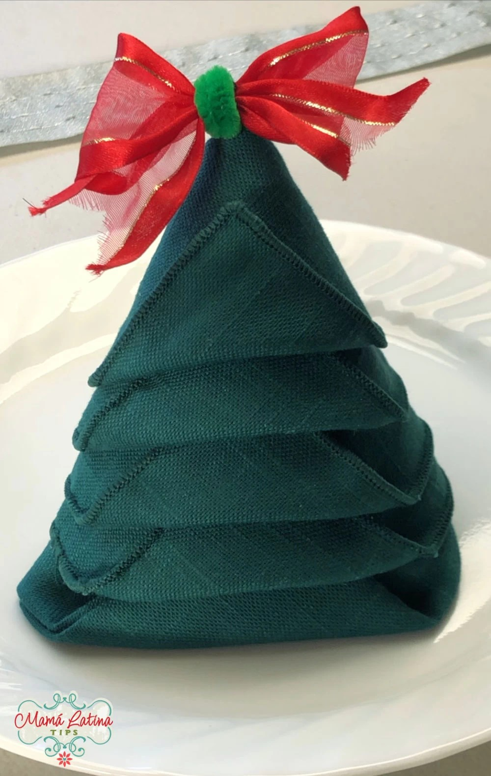 servilleta en forma de arbol de navidad