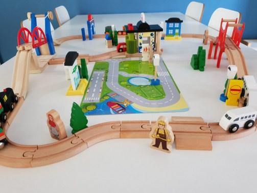 overzichtfoto-houten-treinset
