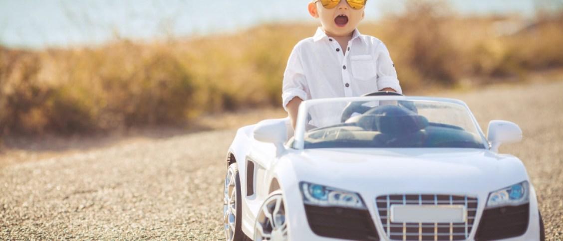 Een kinderauto: hét droomcadeau voor kinderen