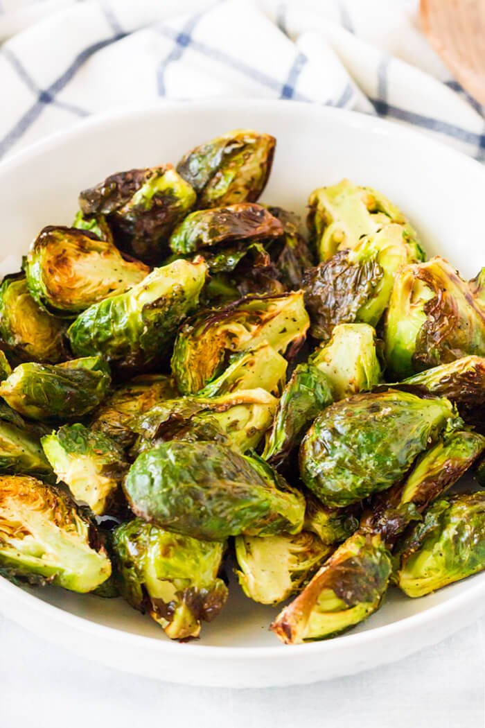 HOW TO COOK BRUSSEL SPROUTS IN AIR FRYER