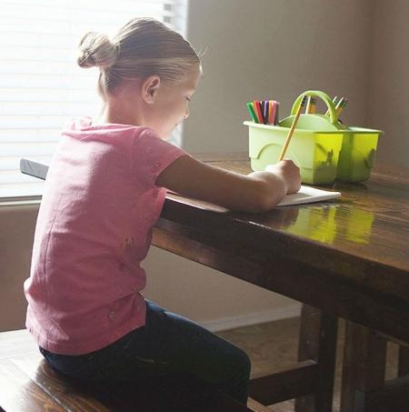 Τα τρικ που θα κάνουν οποιοδήποτε παιδί καλύτερο μαθητή