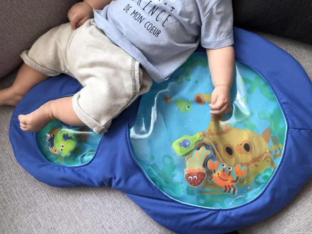 aquatique avec un tapis original