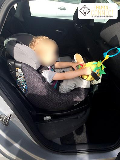 Axissfix installation enfant face route