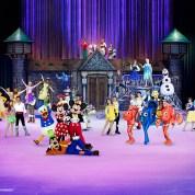 Disney Sur Glace 2016 : 100 ans de rêves à partager: Disney Sur Glace 2016 : 100 ans de rêves à partager