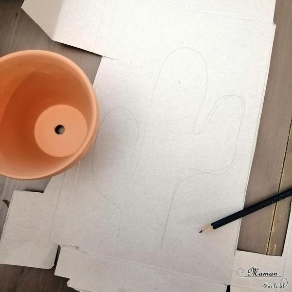 Activité créative enfants - Créer des cactus avec du carton emballage dans des pots décorés et colorés - récup' perles et peinture - recyclage surcyclage - Amérique du Nord - Mexique - graphisme - activités autour du monde - Arts visuels Découverte d'un pays - Espace et géographie - bricolage - arts visuels Cycle 1 ou 2 - Eté - mslf