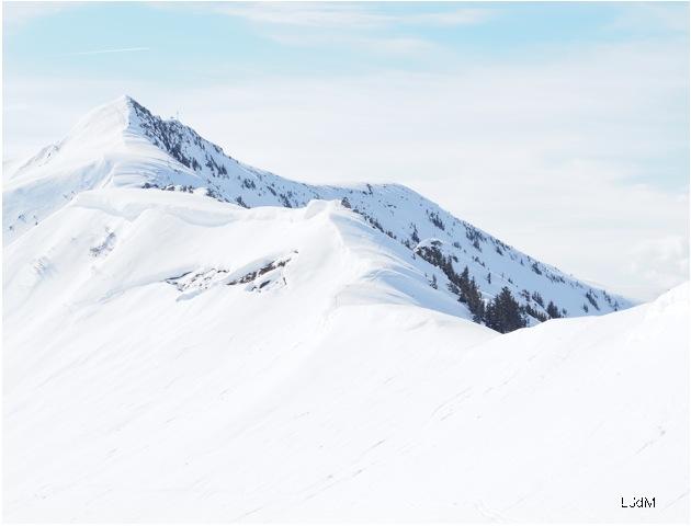 montagne_enneigée