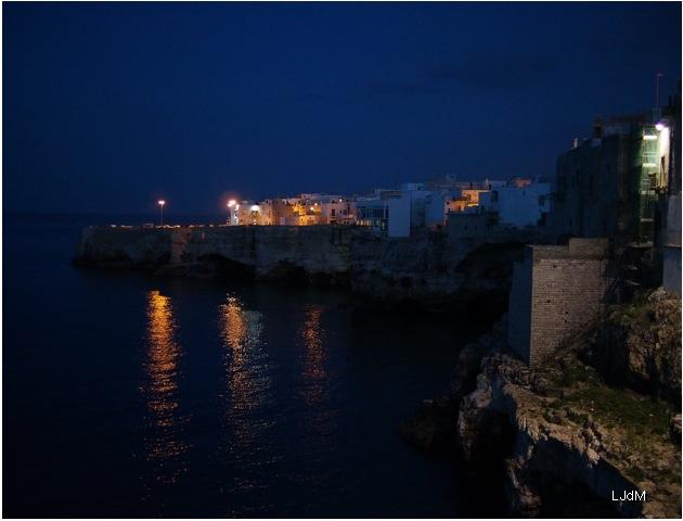 Polignano_night2