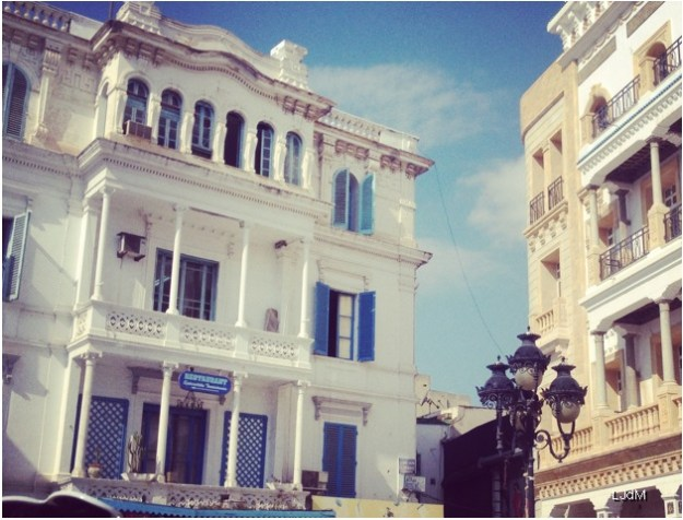 tunis_place