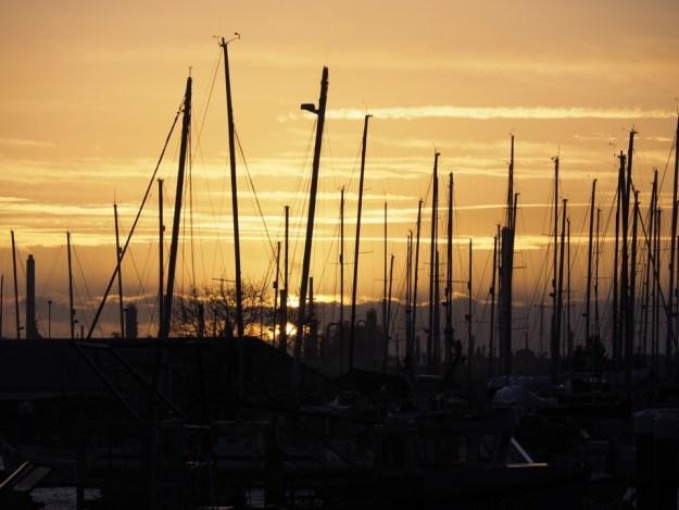 coucher du soleil voilier