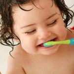 infant_brushing_sm