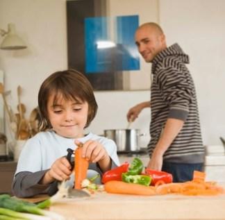 child-peeling-vegetable
