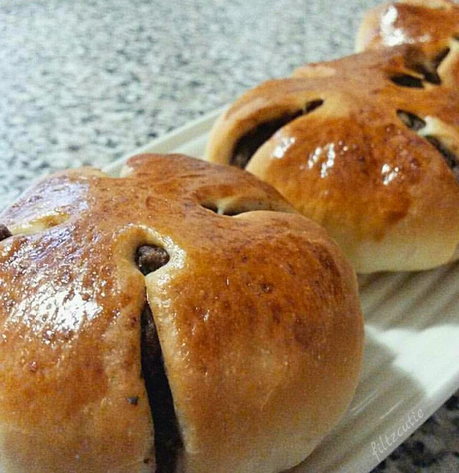 Monggo Bread