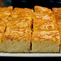 CHEESE CAKE BARS